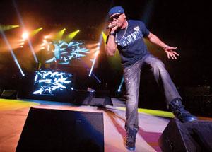 LL Cool J performing at the Santa Barbara Bowl. NIK BLASKOVICH / NEWS-PRESS